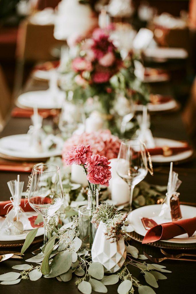 Blumenstrauß als Tischdeko